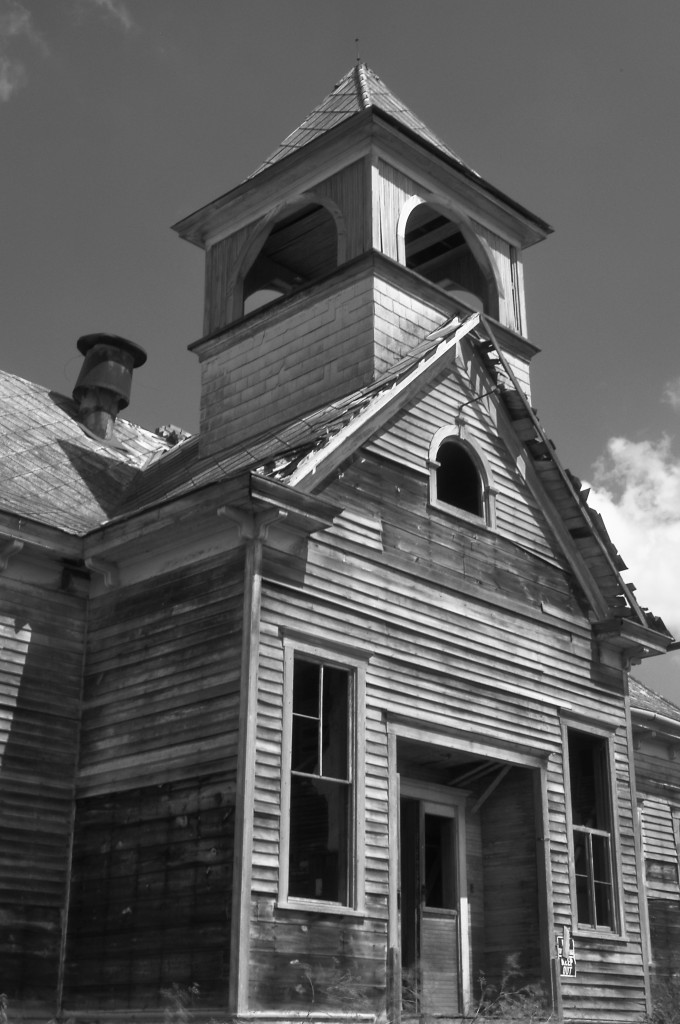 The Elmira school, built probably in 1902, now lost to time.
